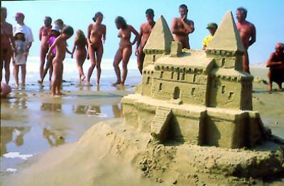 Sur la plage des voyeurs me baise - 1 part 10